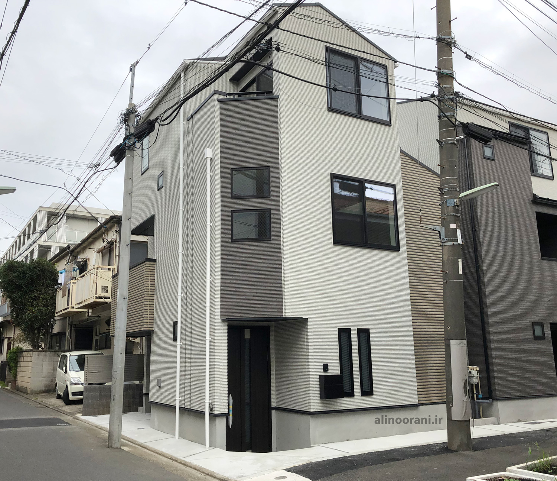 یک خانه مسکونی نوساز ژاپنی 2019