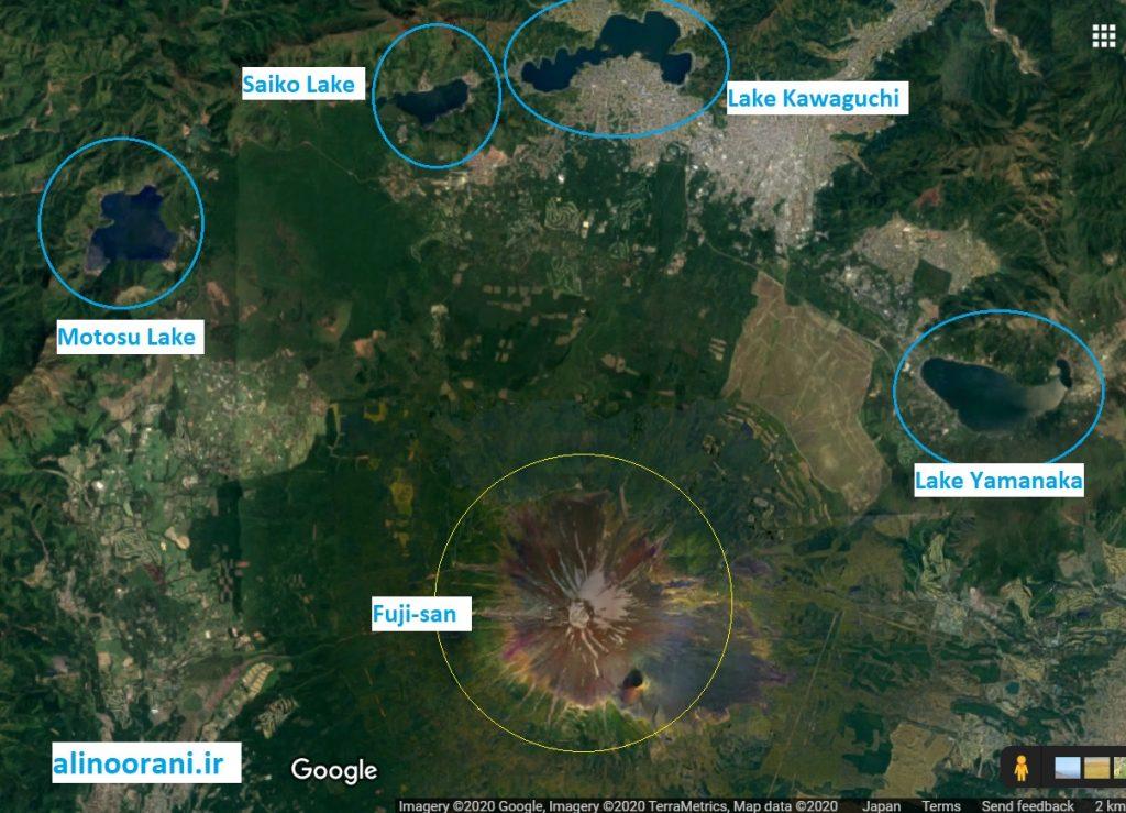 در شعاع تقریبا ۱۵ کیلومتری قله فوجی چهار دریاچه بزرگ و زیبا وجود دارد که هر کدام منظره شگفت انگیزی از قله فوجی دارند.